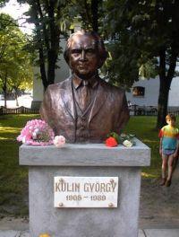 Kulin György szobra szül?városában, Nagyszalontán